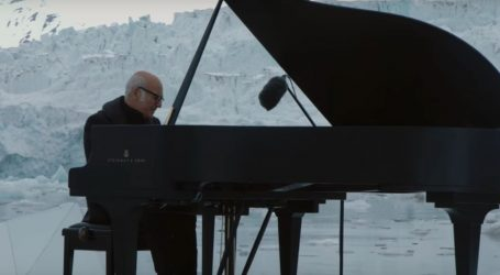 Watch A Pianist Play A Heartbreaking Funeral Song For The Arctic